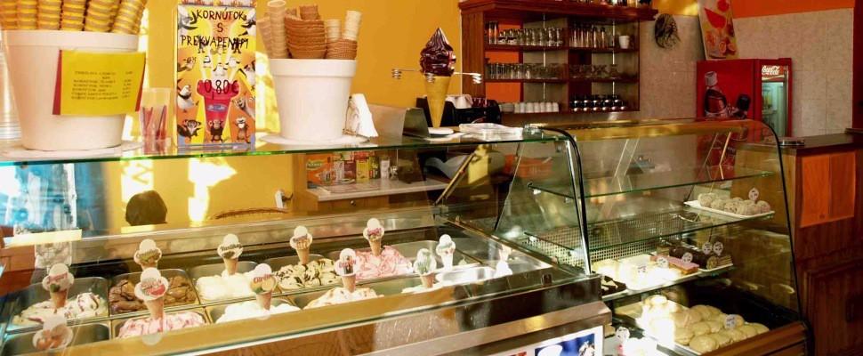 Cukráreň a zmrzlina Oáza, Spišské Podhradie